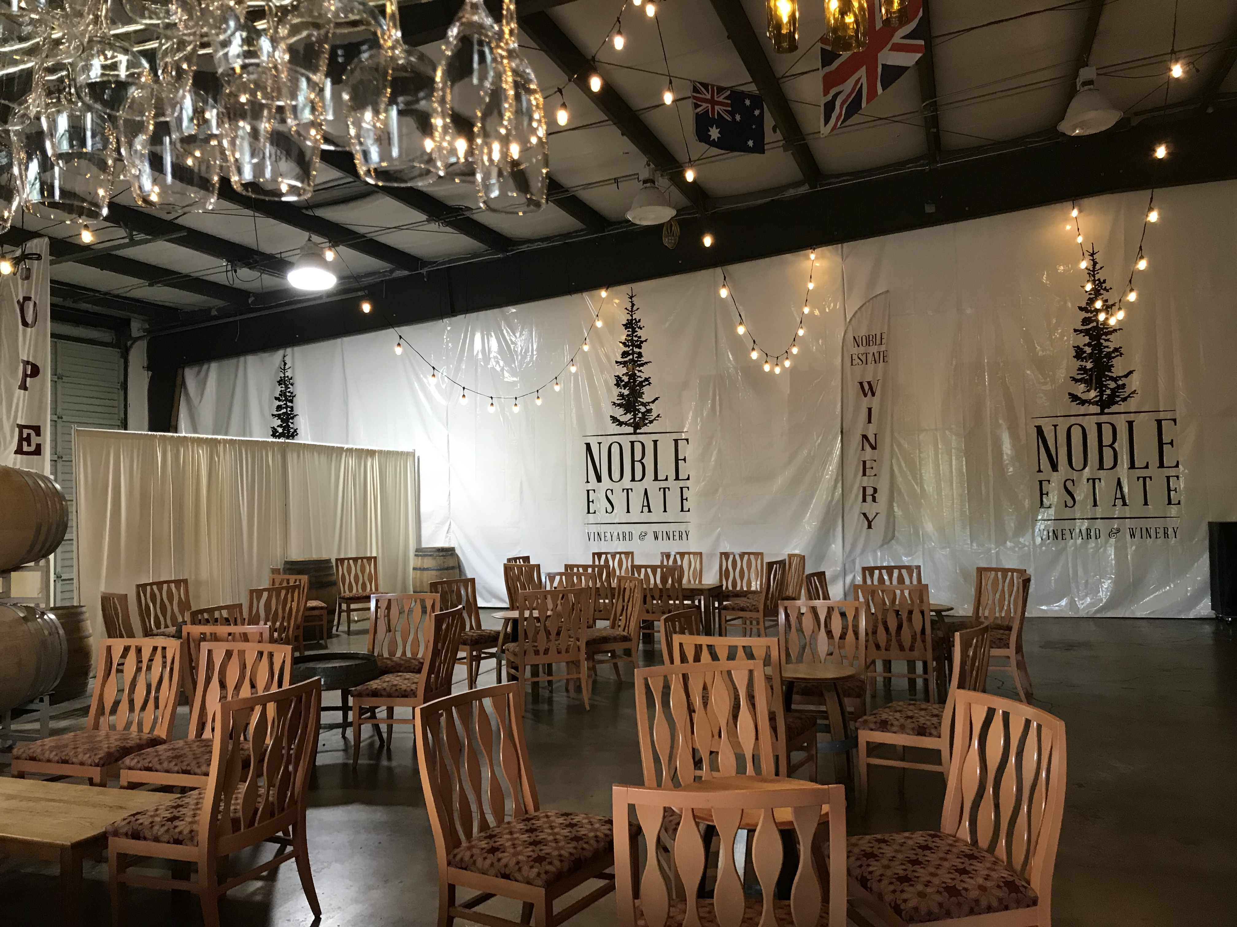 Urban Tasting Room, Eugene, Oregon | Noble Estate Vineyard